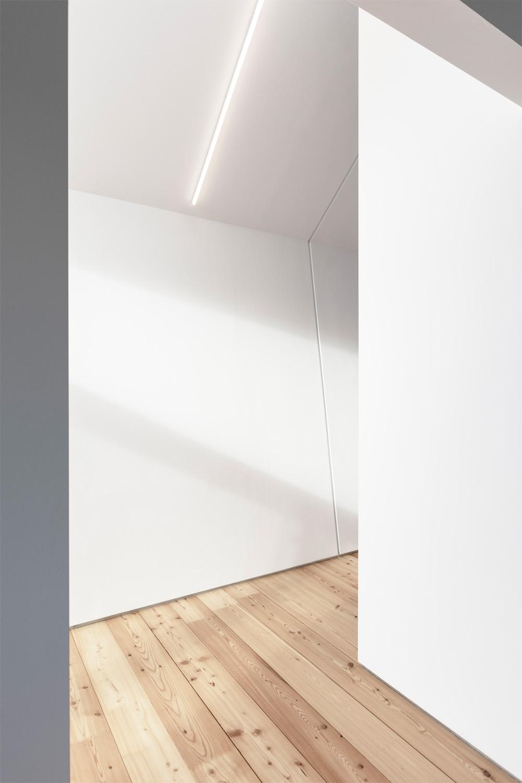 dettaglio interno luci e ombre
