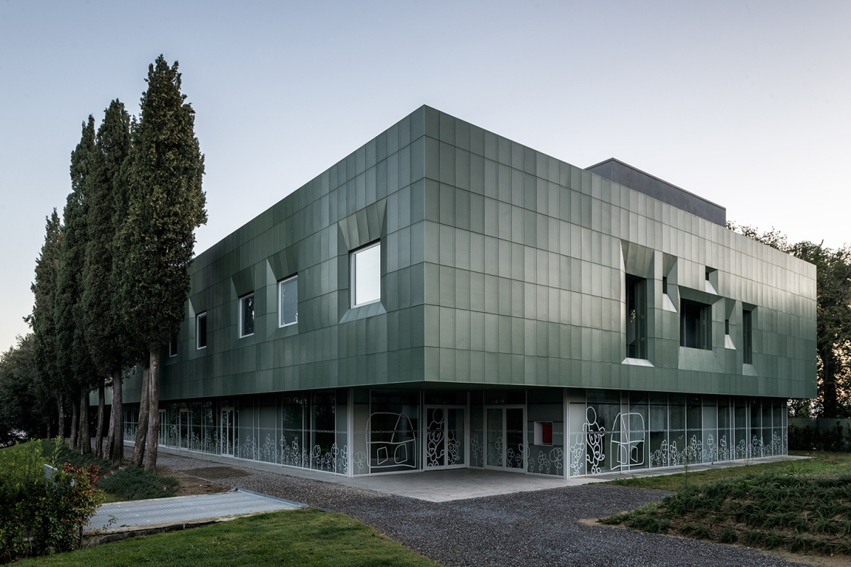 vista d'insieme del complesso sanitario casa verde san miniato fotografo simone bossi